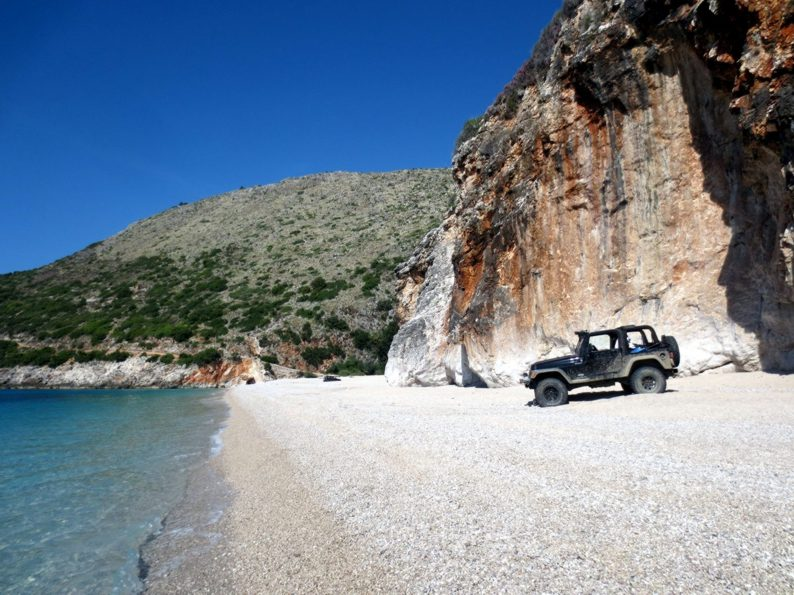 Gjipe - Jeep